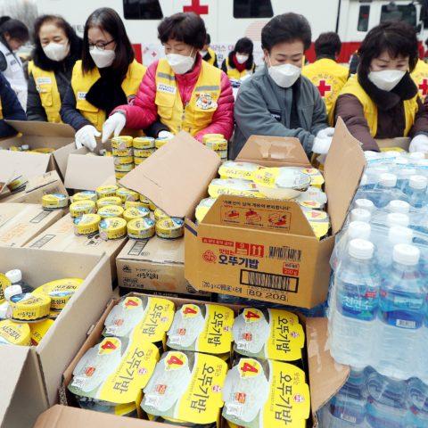Aid to isolated coronavirus patients
